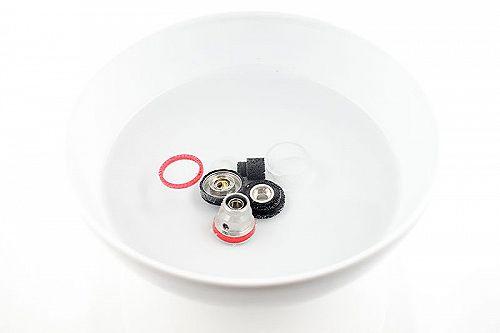 Les 5 meilleures façons de nettoyer un atomiseur ou un ...
